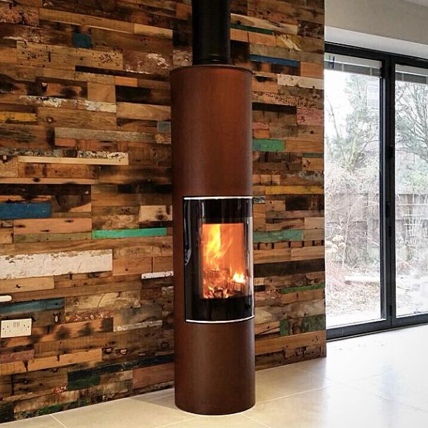 poele a bois attika id e int ressante pour la conception de meubles en bois qui inspire. Black Bedroom Furniture Sets. Home Design Ideas