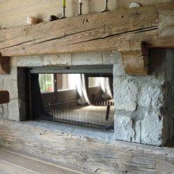 cheminée chalet poutre vieux bois foyer insert stuv atre et loisirs