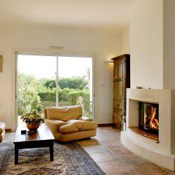cheminée galbée en pierre et marbre atre et loisirs