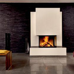 cheminée moderne blanc mur noir foyer ruegg 3 faces atre et loisirs