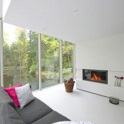 cheminée moderne blanche foyer stuv 21105 atre et loisirs