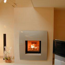 cheminée moderne cadre metal peint atre loisirs
