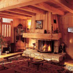 cheminée en pierre sèche rustique hotte bois foyer rond atre et loisirs