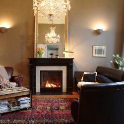 cheminee style marbre noir foyer stuv atre loisirs