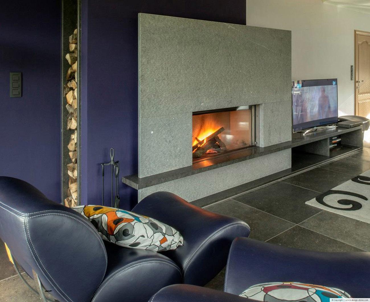 la pierre bleue atre loisirs. Black Bedroom Furniture Sets. Home Design Ideas