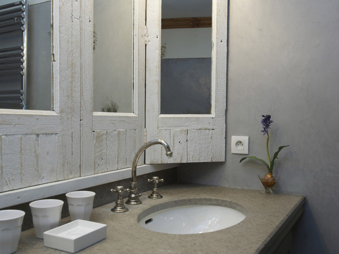 Plan vasque pierre carrelage sols u murs nos carrelages for Plan de pose de carrelage