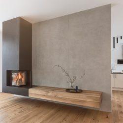 Cheminée avec foyer ruegg venus, vitré en angle, cheminée murale suspendue, en metal et en bois, Atre et Loisirs instalateur et revendeur en Savoie, Isère, Haute-Savoie, Hautes-Alpes